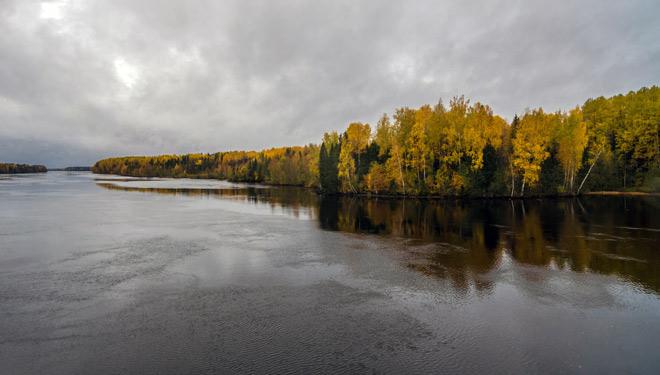 Подпорожский район, река Свирь, осень