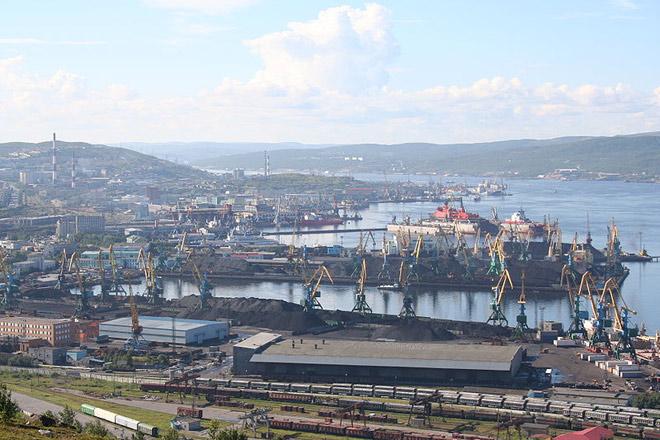 Город Мурманск, порт